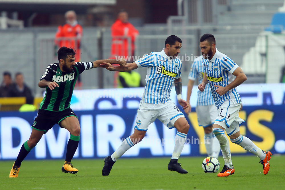 "Foto LaPresse/Filippo Rubin<br /> 22/10/2017 Ferrara (Italia)<br /> Sport Calcio<br /> Spal - Sassuolo - Campionato di calcio Serie A 2017/2018 - Stadio ""Paolo Mazza""<br /> Nella foto: MARCO BORRIELLO<br /> <br /> Photo LaPresse/Filippo Rubin<br /> October 22, 2017 Ferrara (Italy)<br /> Sport Soccer<br /> Spal vs Sassuolo - Italian Football Championship League A 2017/2018 - ""Paolo Mazza"" Stadium <br /> In the pic: MARCO BORRIELLO"