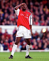 Patrick Vieira holds his head after another Arsenal goalscoring move breaks down. Arsenal 1: 0 Southampton, F.A.Carling Premiership, 2/12/2000. Credit Colorsport / Stuart MacFarlane
