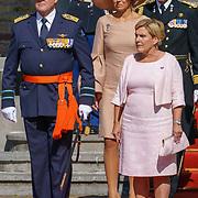NLD/Den Haag/20180831 - Koninklijke Willems orde voor vlieger Roy de Ruiter, opkomst van Koning Willem - Alexander, Koningin Maxima en Minister van Defensie Ank Bijleveld