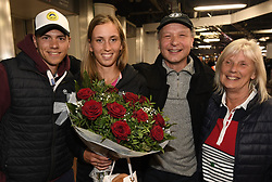 January 27, 2018 - Bruxelles, BELGIQUE - BRUSSELS, BELGIUM - JANUARY 27:  Belgian tennis player Elise Mertens with boy friend and partner Roband parents Guido and Eliane (semi finalist at the Australia Open) pictured during her come back in Brussels Airport Belgium on january 27, 2018 in Brussels, Belgium, 27/01/2018 (Credit Image: © Panoramic via ZUMA Press)