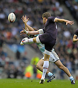 Twickenham, GREAT BRITAIN, Mark CUETO, clears before Lucas BORGES can smothers his clearence kick, during the Investic Challenge Series, England vs Argentina, Autumn International at Twickenham Stadium, Surrey on Sat 14.11.2009 [Photo, Peter Spurrier/Intersport-images]