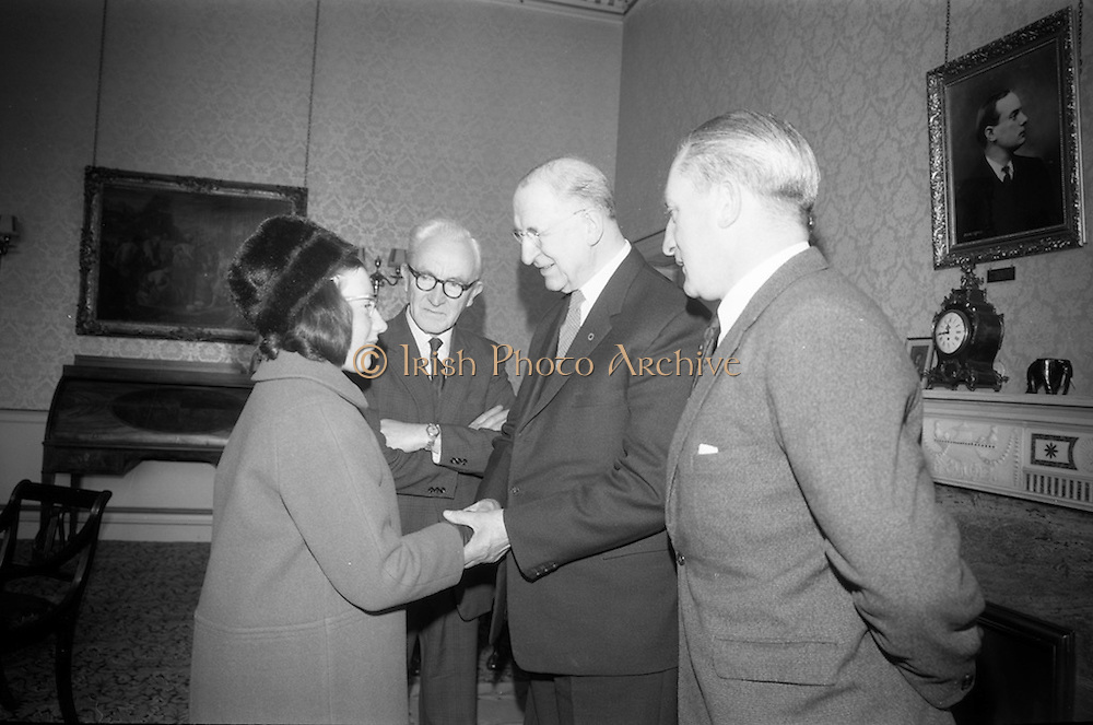 16/12/1965<br /> 12/16/1965<br /> 16 December 1965<br /> <br />  Mr. Sean Flanagan T.D. Recived by President &Eacute;amon de Valera