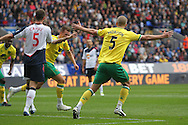 Picture by Paul Chesterton/Focus Images Ltd.  07904 640267.17/9/11.Anthony Pilkington of Norwich scores his sides 1st goal and celebrates during the Barclays Premier League match at Reebok Stadium, Bolton.