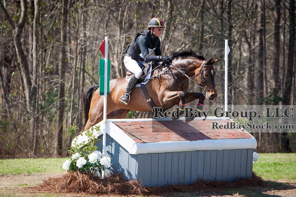 Doug Payne (USA) and Cellar Door at the Carolina International in Raeford, North Carolina.