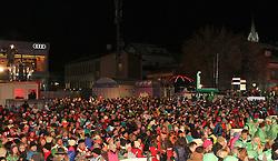 06.02.2013, Medal Plaza, Schladming, AUT, FIS Weltmeisterschaften Ski Alpin, Konzert DJ Oetzi, im Bild Zuschauer auf dem Medal Plaza // visitors of the concert of DJ Oetzi during FIS Ski World Championships 2013 at the Hohenhaus Tenne, Schladming, Austria on 2013/02/06. EXPA Pictures © 2013, PhotoCredit: EXPA/ Martin Huber