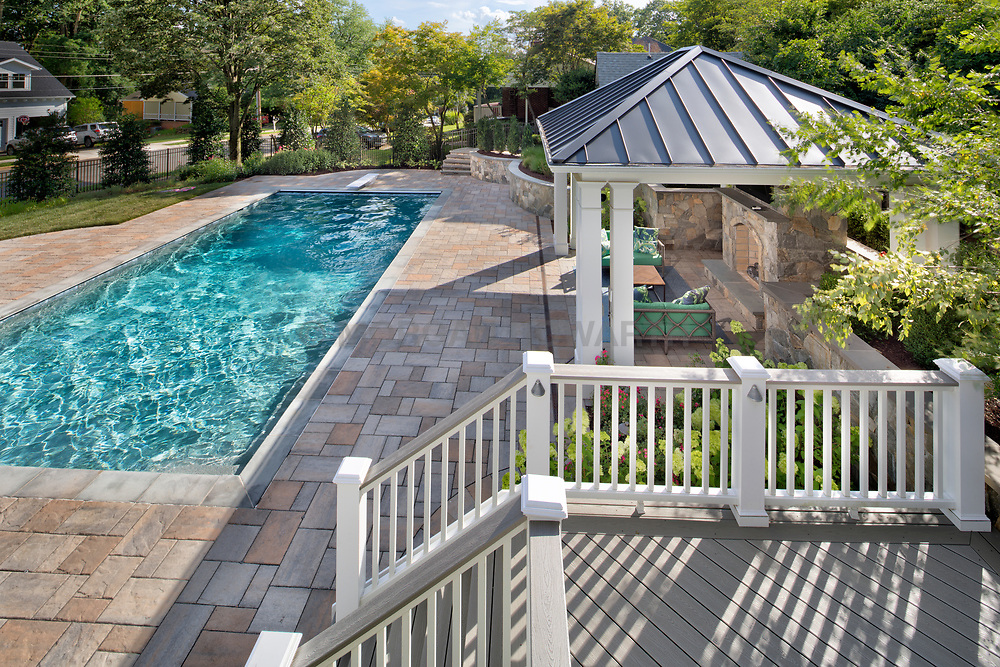440 Glyndon landscape and pool