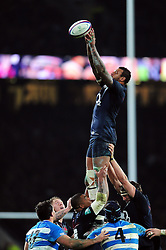 Courtney Lawes of England wins the ball at a lineout - Mandatory byline: Patrick Khachfe/JMP - 07966 386802 - 26/11/2016 - RUGBY UNION - Twickenham Stadium - London, England - England v Argentina - Old Mutual Wealth Series.