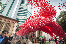 December 2, 2017 - Sao Paulo, São Paulo, Brazil - Traditional release of  thousands of red balloons to mark World Aids Day at the Emilio Ribas Institute of Infectious Diseases in Sao Paulo, Brazil, on December 1, 2017. (Credit Image: © Cris Faga/NurPhoto via ZUMA Press)