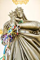 Estátua de Nossa Senhora do Bom Socorro, trazida da França em 1912 para o Santuário. Nova Trento, Santa Catarina, Brasil. / Nossa Senhora do Bom Socorro statue, brought from France in 1912 to the Sanctuary. Nova Trento, Santa Catarina, Brazil.