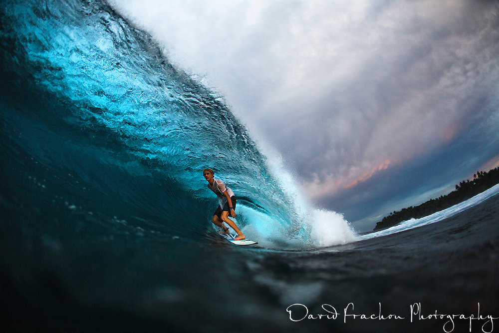 this galery is dedicated to surf action aqua shot, using a cmt water housing.<br /> aqua shot give you the opportunity to stay right in the heart of the action.