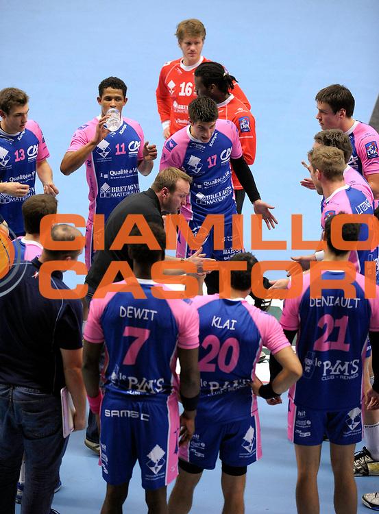 DESCRIZIONE : France Ligue Hand D1 Cesson Dunkerque 24/02/2010 Cesson<br /> GIOCATORE : Cesson<br /> SQUADRA : Cesson<br /> EVENTO : France Ligue Hand D1 Cesson Dunkerque<br /> GARA : Cesson Dunkerque<br /> DATA : 24/02/2010<br /> CATEGORIA : Handball Action Cesson Homme<br /> SPORT : HandBall<br /> AUTORE : JF Molliere par Agenzia Ciamillo-Castoria <br /> Galleria : France Ligue Hand D1 Homme 2009/2010  <br /> Fotonotizia : France Ligue Hand D1 Cesson Dunkerque 24/02/2010 Cesson<br /> Predefinita :