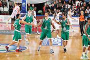 DESCRIZIONE : Varese Lega A 2012-13 Cimberio Varese Montepaschi Siena<br /> GIOCATORE : Team Montepaschi Siena<br /> CATEGORIA : Ritratto Esultanza<br /> SQUADRA : Montepaschi Siena<br /> EVENTO : Campionato Lega A 2012-2013<br /> GARA : Cimberio Varese Montepaschi Siena<br /> DATA : 15/10/2012<br /> SPORT : Pallacanestro <br /> AUTORE : Agenzia Ciamillo-Castoria/G.Cottini<br /> Galleria : Lega Basket A 2012-2013  <br /> Fotonotizia : Varese Lega A 2012-13 Cimberio Varese Montepaschi Siena<br /> Predefinita :