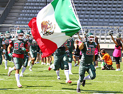 10.07.2011, Tivoli Stadion, Innsbruck, AUT, American Football WM 2011, Group A, Mexico (MEX) vs Australia (AUS), im Bild Team Mexico enters the field // during the American Football World Championship 2011 Group A game, Mexico vs Australia, at Tivoli Stadion, Innsbruck, 2011-07-10, EXPA Pictures © 2011, PhotoCredit: EXPA/ T. Haumer