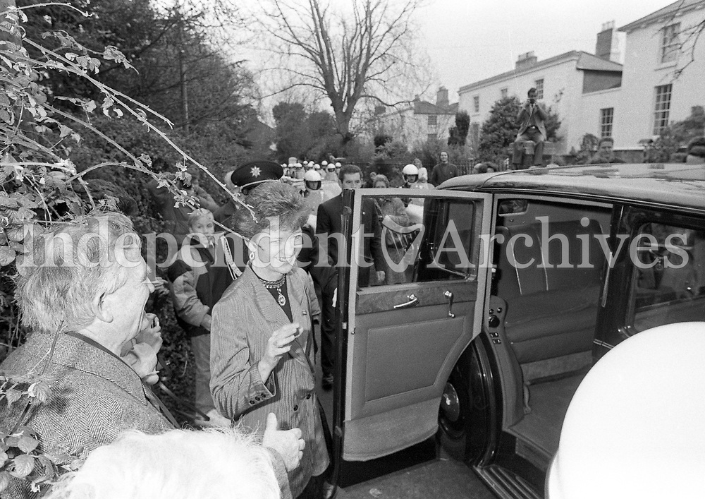Prsident-Elect Mary Robinson leaving her home to go to her Inauguration in St Patrick's Hall, Dublin Castle, 03/12/1990 (Part of the Independent Ireland/NLI Collection).