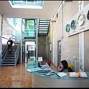 Nella foto: gli uffici della sede di Film Commission Torino Piemonte all'interno del Cineporto....Il Cineporto Torino nato dal recupero dell'ex cotonificio Cologno di via Cagliari. La cittadella del cinema ospita gli uffici della Film Commission e gli spazi di servizio per ospitare fino a 5 produzioni in contemporanea.
