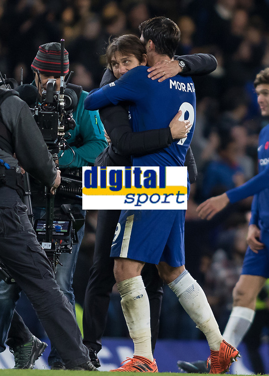 Football - 2017 / 2018 Premier League - Chelsea vs Manchester United<br /> <br /> Antonio Conte, Manager of Chelsea FC, congratulates Alvaro Morata (Chelsea FC)  at the end of the game at Stamford Bridge <br /> <br /> COLORSPORT/DANIEL BEARHAM