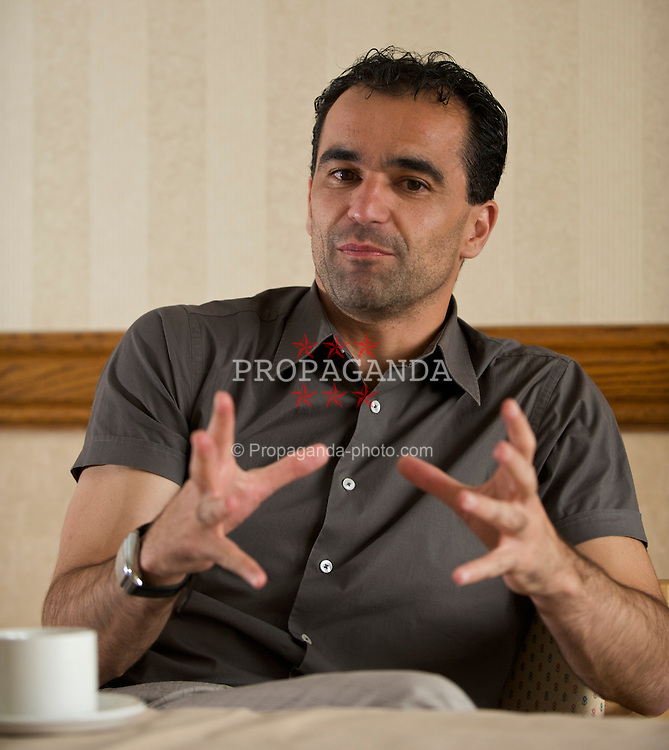 WIGAN, ENGLAND - Monday, August 24, 2009: Wigan Athletic's manager Roberto Martinez. (Photo by David Rawcliffe/Propaganda)
