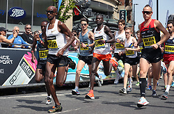 Great Britain's Mo Farah (left) during the Simplyhealth Great Manchester Elite Men 10k run through Manchester.