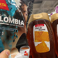 My two mandatory breakfast items; Colombian coffee and honey. I'm all set!
