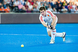 England's Henry Weir. England v Netherlands  - Unibet EuroHockey Championships, Lee Valley Hockey & Tennis Centre, London, UK on 23 August 2015. Photo: Simon Parker