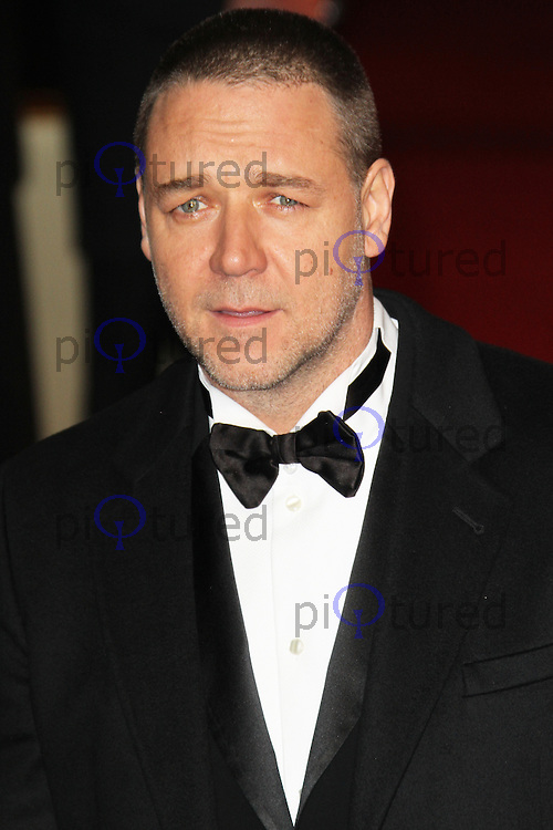 LONDON - DECEMBER 05: Russell Crowe attended the World Film Premiere of 'Les Miserables' at the Empire Cinema, Leicester Square, London, UK. December 05, 2012. (Photo by Richard Goldschmidt)