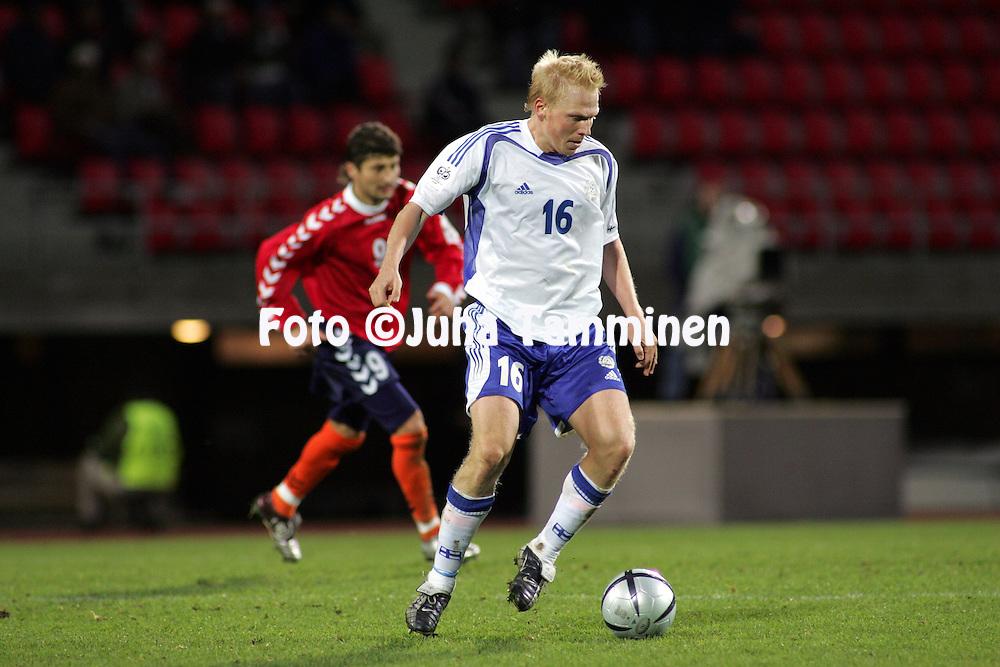 09.10.2004, Ratina Stadium, Tampere, Finland..FIFA World Cup 2006 Qualifying Match, .Finland v Armenia.Aki Riihilahti - Finland.©Juha Tamminen.....ARK:k