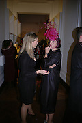 "Isabella Blow and Justine Angelli. The private views for Anna Piaggi's exhibition ""Fashion-ology"" and also 'Popaganda: the life and style of JC de Castelbajacat' the Victoria & Albert Museum on January 31  2006. © Copyright Photograph by Dafydd Jones 66 Stockwell Park Rd. London SW9 0DA Tel 020 7733 0108 www.dafjones.com"