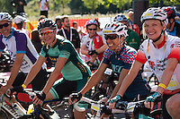 LONDON UK 31ST JULY 2016:  Dame Kelly Holmes, Gold Medal winning athlete Jo Whiley, BBC radio presenter and DJ. The Prudential RideLondon-Surrey 46 sportive in London 31st July 2016<br /> <br /> Photo: Jon Buckle/Silverhub for Prudential RideLondon<br /> <br /> Prudential RideLondon is the world's greatest festival of cycling, involving 95,000+ cyclists – from Olympic champions to a free family fun ride - riding in events over closed roads in London and Surrey over the weekend of 29th to 31st July 2016. <br /> <br /> See www.PrudentialRideLondon.co.uk for more.<br /> <br /> For further information: media@londonmarathonevents.co.uk