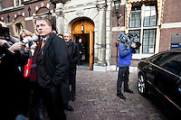 Nederland. Den Haag, 9 februari 2010.<br /> Extra ministerraad met voltallige ministersploeg, het kabinet heeft een akkoord bereikt over de brief n.a.v.Irak rapport van de commissie davids. Wouter Bos na afloop bij het Torentje. vierde kabinet Balkenende; Balkenende IV; Balkenende Vier; politiek; Binnenhof<br /> Foto Martijn Beekman