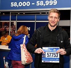 30-10-2015 USA: NYC Marathon We Run 2 Change Diabetes day 2, New York<br /> Na Expo met de groep op de fiets NY verkennen / Expo hal, inschrijving, Tom