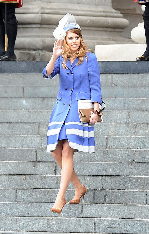 05.JUNE.2012. LONDON<br /> <br /> PRINCESS BEATRICE LEAVING THE SERVICE OF THANKSGIVING AS PART OF THE QUEEN'S DIAMOND JUBILEE CELEBRATIONS AT ST PAUL'S CATHEDRAL IN LONDON<br /> <br /> BYLINE: EDBIMAGEARCHIVE.CO.UK<br /> <br /> *THIS IMAGE IS STRICTLY FOR UK NEWSPAPERS AND MAGAZINES ONLY*<br /> *FOR WORLD WIDE SALES AND WEB USE PLEASE CONTACT EDBIMAGEARCHIVE - 0208 954 5968*