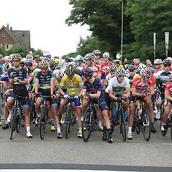 24-06-2017: Wielrennen: NK weg beloften: Montferland  <br />s-Heerenberg (NED) wielrennen  <br />Beloften peloton voor de start