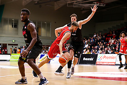 Mike Vigor of Bristol Flyers takes on Andy Thomson of Leicester Riders - Photo mandatory by-line: Robbie Stephenson/JMP - 11/01/2019 - BASKETBALL - Leicester Sports Arena - Leicester, England - Leicester Riders v Bristol Flyers - British Basketball League Championship
