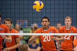 28-08-2016 NED: Nederland - Slowakije, Nieuwegein<br /> Het Nederlands team heeft de oefencampagne tegen Slowakije met een derde overwinning op rij afgesloten. In een uitverkocht Sportcomplex Merwestein won Nederland met 3-0 van Slowakije / Fabian Plak #20