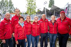RÖSER Klaus (Equipechef), THEODORESCU Monica (Bundestrainer Dressur), ROTHENBERGER Soenke (GER), SCHNEIDER Dorothee (GER), HILBERATH Jonny (Co-Bundestrainer Dressur),  VON BREDOW-WERNDL Jessica (GER), WERTH Isabell (GER), KOENE Dr. Marc (Tierarzt Dressur)<br /> Rotterdam - Europameisterschaft Dressur, Springen und Para-Dressur 2019<br /> Team Deutschland<br /> Gruppenbild<br /> 19. August 2019<br /> © www.sportfotos-lafrentz.de/