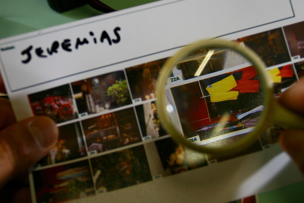 Sete Lagoas_MG, Brasil...Projeto do SERPAF de Sete Lagoas com oficinas de jornalismo impresso, radio e fotografia...The SERPAF project in Sete Lagoas with workshop of journalism, radio and photography. ..Foto: LEO DRUMOND / NITRO.
