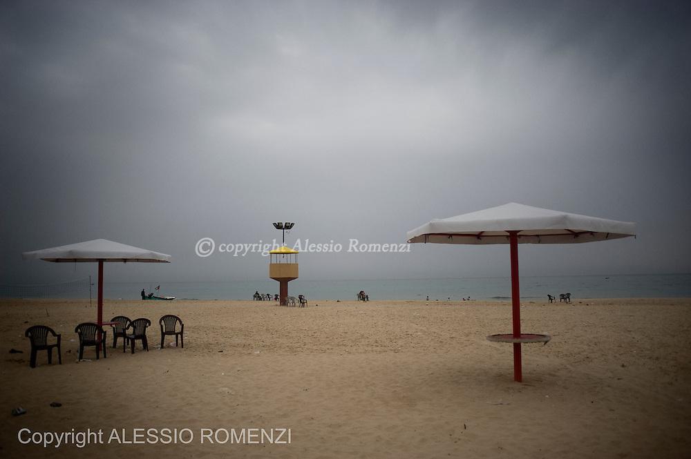 GAZA CITY : Landscape on the beach on May 4, 2011. ALESSIO ROMENZI