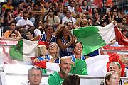 DESCRIZIONE : Madrid Spagna Spain Eurobasket Men 2007 Qualifying Round Italia Lituania Italy Lithuania<br /> GIOCATORE : Tifosi Supporters<br /> SQUADRA : Italia Italy<br /> EVENTO : Eurobasket Men 2007 Campionati Europei Uomini 2007<br /> GARA : Italia Italy Lituania Lithuania<br /> DATA : 08/09/2007<br /> CATEGORIA : Curiosita<br /> SPORT : Pallacanestro<br /> AUTORE : Ciamillo&amp;Castoria/E.Castoria