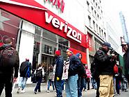 NYC Striking Verizon workers on picket lines