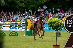BORMANN Finja (GER), Sally<br /> Hamburg - 90. Deutsches Spring- und Dressur Derby 2019<br /> Equiline Youngster Cup CSIYH1*<br /> Springprüfung für 7j. und 8j. Pferde<br /> 31. Mai 2019<br /> © www.sportfotos-lafrentz.de/Stefan Lafrentz