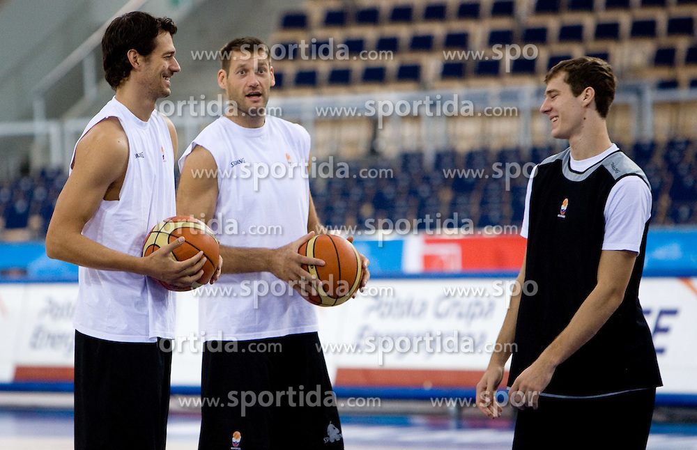 Jurica Golemac, Goran Jagodnik and Goran Dragic  of Slovenia during the practice session, on September 12, 2009 in Arena Lodz, Hala Sportowa, Lodz, Poland.  (Photo by Vid Ponikvar / Sportida)