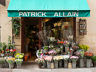 A colourful display of flowers outsde a florist on the Il St Louis. Paris, France, Europe