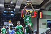 DESCRIZIONE : Campionato 2013/14 Dinamo Banco di Sardegna Sassari - Montepaschi Siena<br /> GIOCATORE : Erick Green<br /> CATEGORIA : Schiacciata<br /> SQUADRA : Montepaschi Siena<br /> EVENTO : LegaBasket Serie A Beko 2013/2014<br /> GARA : Dinamo Banco di Sardegna Sassari - Montepaschi Siena<br /> DATA : 22/12/2013<br /> SPORT : Pallacanestro <br /> AUTORE : Agenzia Ciamillo-Castoria / Luigi Canu<br /> Galleria : LegaBasket Serie A Beko 2013/2014<br /> Fotonotizia : Campionato 2013/14 Dinamo Banco di Sardegna Sassari - Montepaschi Siena<br /> Predefinita :