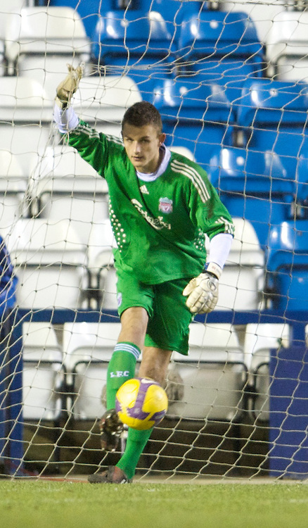 WIDNES, ENGLAND - Tuesday, February 17, 2009: Liverpool's goalkeeper Martin Hansen looks dejected after spilling a back-pass into his own net for Everton's opening goal during the FA Premiership Reserves League (Northern Division) match at the Halton Stadium. (Mandatory credit: David Rawcliffe/Propaganda)