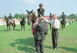 Winnaar 5 jarige paarden Olando - Hank Melse<br />