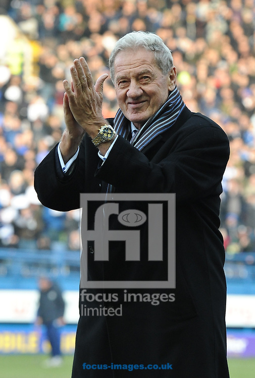 Milan Mandaric Chairman of Sheffield Wednesday Addresses the crowd before the match as he hands over control to Dejphon Chansiri before the Sky Bet Championship match at Hillsborough, Sheffield<br /> Picture by Richard Land/Focus Images Ltd +44 7713 507003<br /> 07/02/2015