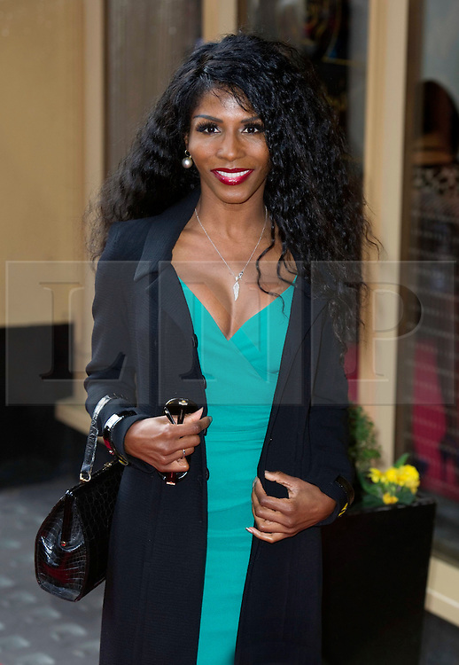 © Licensed to London News Pictures 09/02/2011 London, UK. .Sinitta arrives at the Waldorf Hotel, London for the seventh Tesco Mum of the Year Awards..Photo credit : Simon Jacobs/LNP