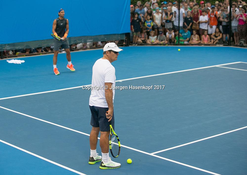Toni Nadal und RAFAEL NADAL (ESP), Trainer,Coach,Training<br /> <br /> Tennis - Brisbane International  2017 - ATP -  Pat Rafter Arena - Brisbane - QLD - Australia  - 2 January 2017. <br /> &copy; Juergen Hasenkopf