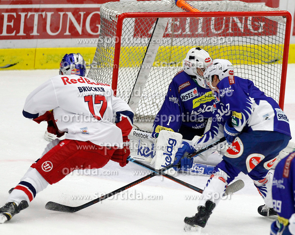 21.11. 2014, Stadthalle, Villach, AUT, EBEL, EC VSV vs EC Red Bull Salzburg, 19. Runde, im Bild v.l.Marco Brucker (EC RBS) und Jean Philippe Lamoureux (VSV) // during the Erste Bank Icehockey League 19th round match between EC VSV vs EC Red Bull Salzburg at the City Hall in Villach, Austria on 2014/11/21, EXPA Pictures © 2014, PhotoCredit: EXPA/ Oskar Hoeher