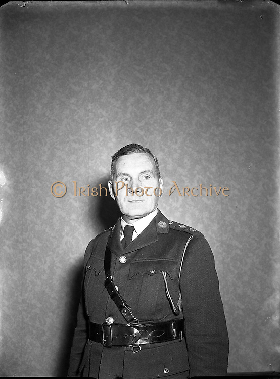 19/01/1955<br /> 01/19/1955<br /> 19 January 1955<br /> <br /> An Garda S&iacute;och&aacute;na  - New Deputy Commissioner Thomas Woods at his Office